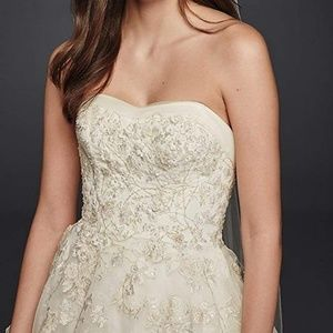 Oleg Cassini Wedding Dress  | Organza Veiled Lace